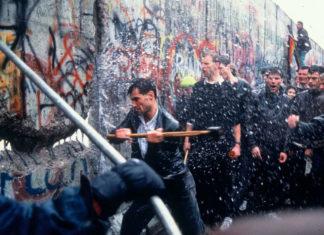 Berlinski zid, scena rušenja