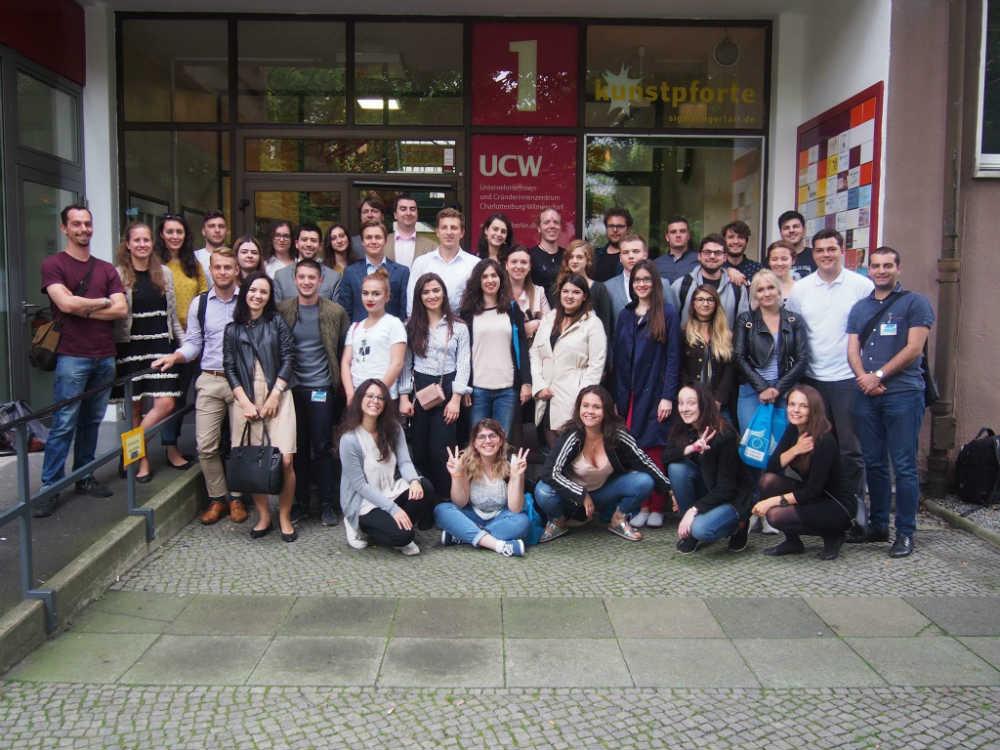 Učesnici simpozijuma u Berlinu