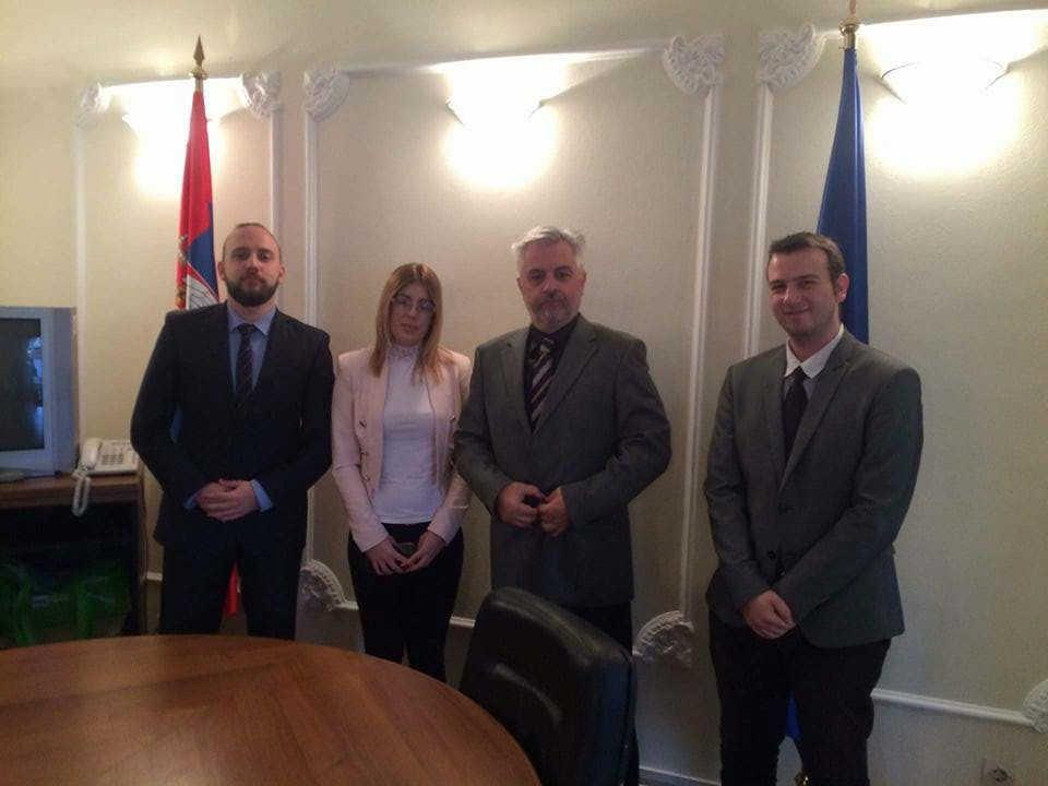 Članovi Centra za međunarodnu javnu politiku sa otpravnikom poslova u ambasadi BiH
