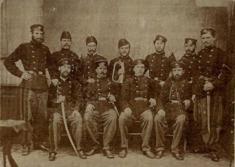 Pripadnici Druge bugarske legije (u sredini Vasil Levski)