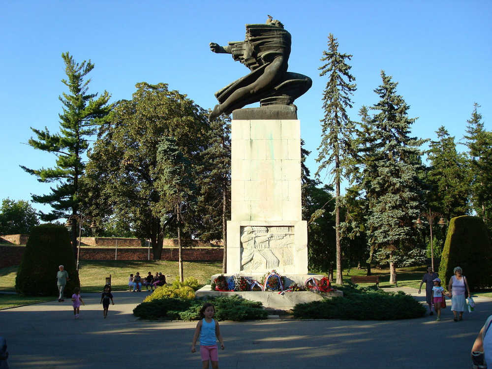 Srbija i Francuska - spomenik zahvalnosti Francuskoj u Beogradu