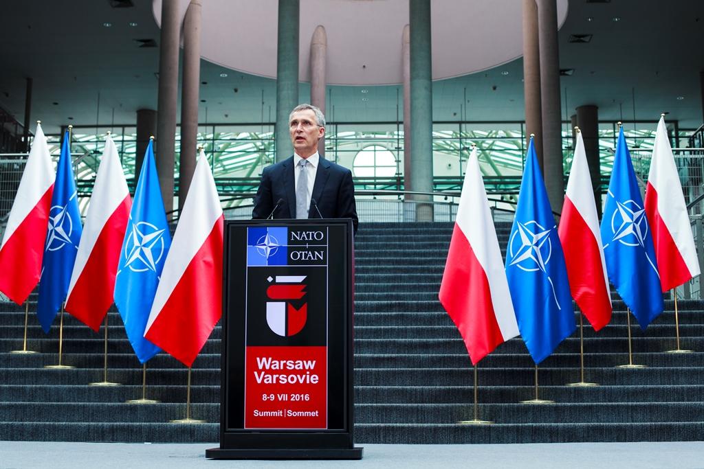 Jens Stoltenberg na NATO samitu u Varšavi 2016.