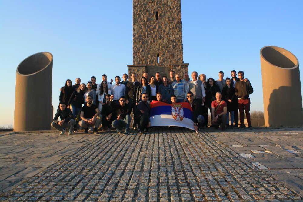 Članovi Centra sa ostalim studentima na Gazimestanu (Foto: Katarina Steljić)