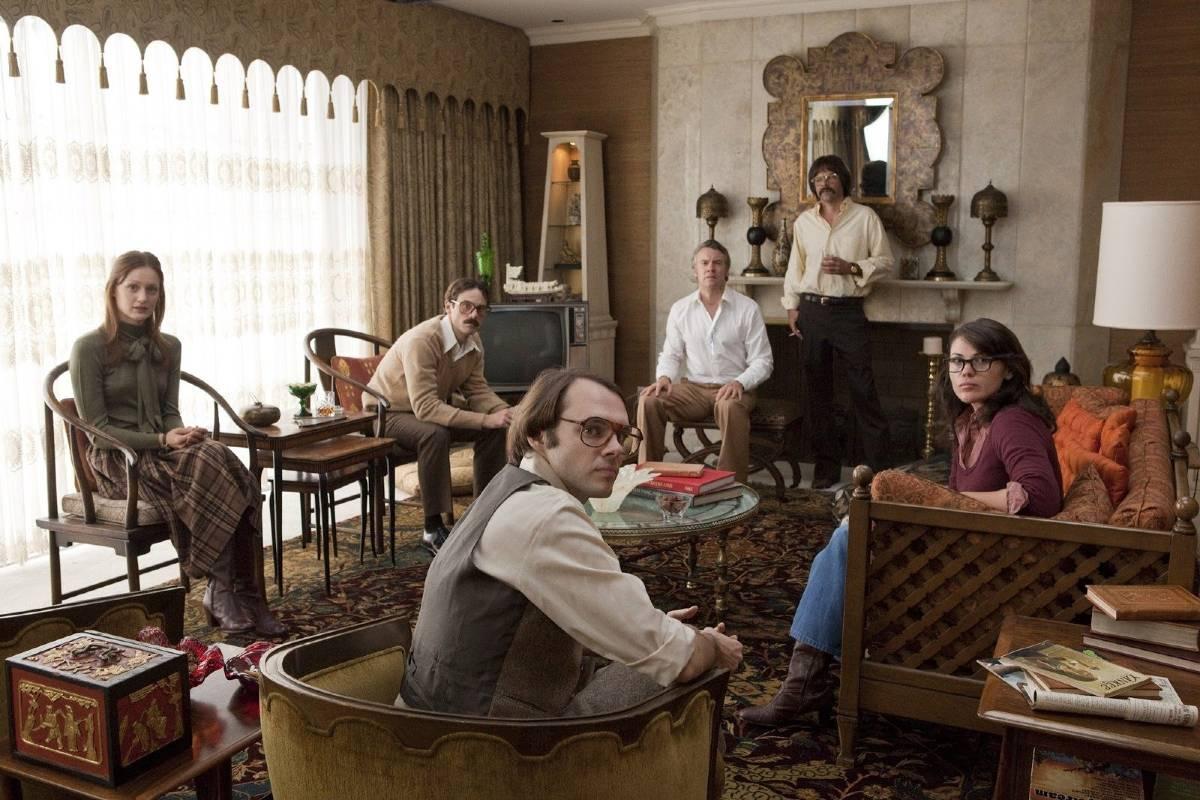 """Šestoro službenika u filmu """"Argo"""" (Foto: Claire Folger/Warner Bros. Entertainment Inc.)"""